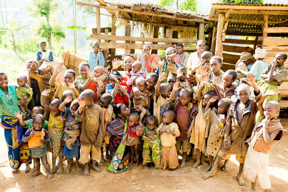 rwanda bushmen, batwa tribe uganda and rwanda