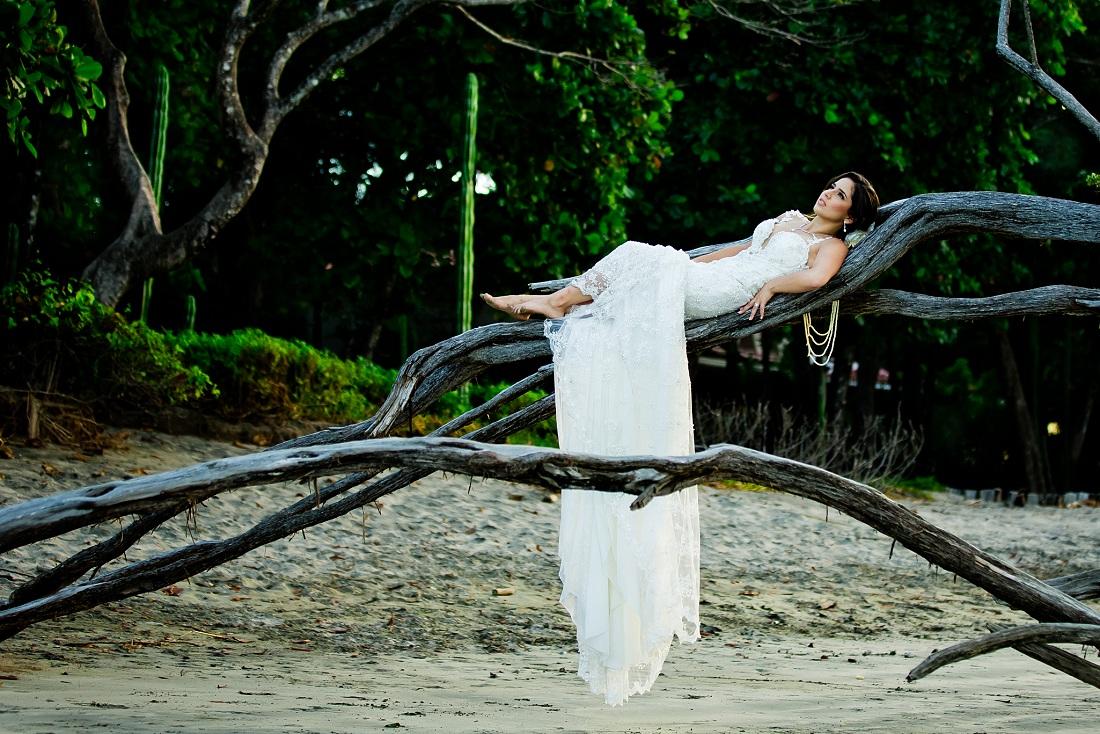 IMAGE: http://www.blog.dmitrimarkine.com/wp-content/uploads/tamarindo-beach-wedding.jpg