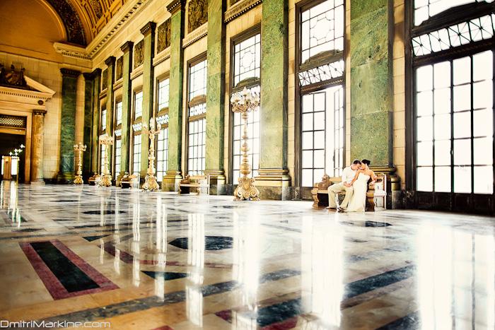Inside the beautiful capitolio in Havana