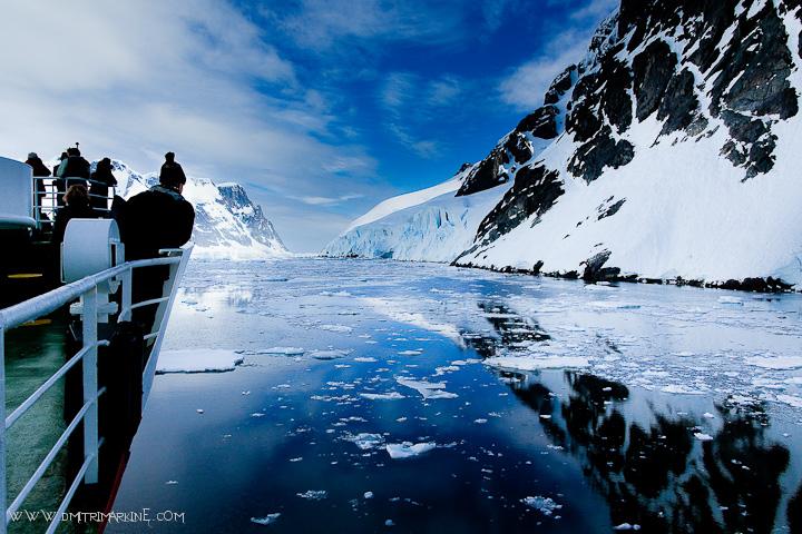 antarctica-ship