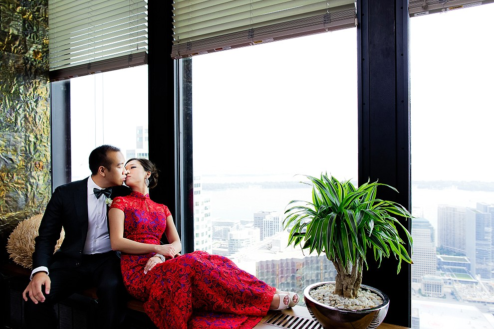 Toronto Canoe restaurant wedding