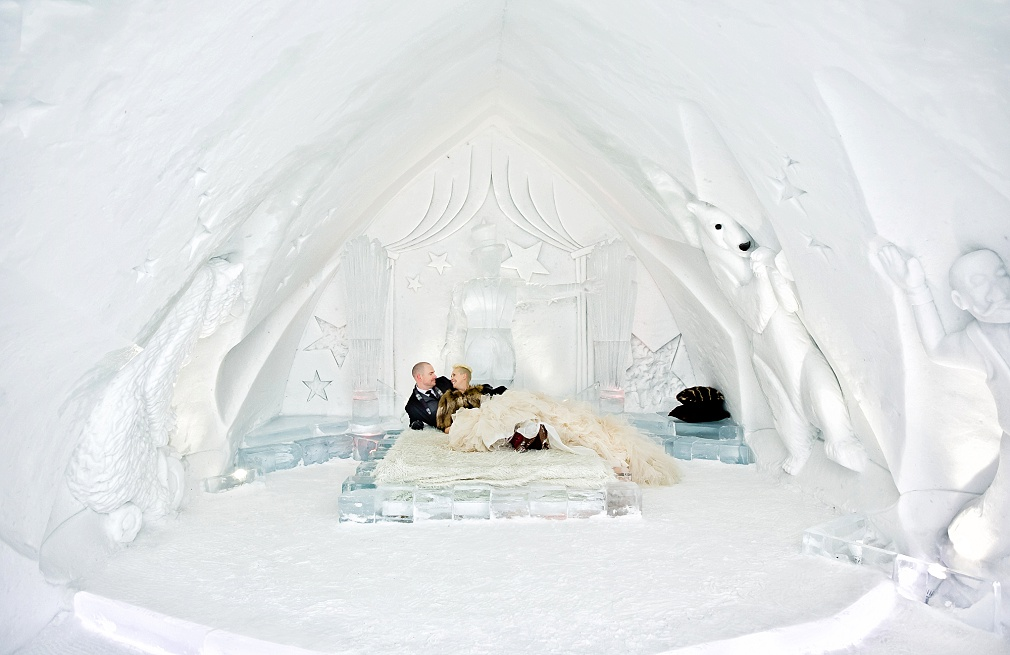 wedding reception ice hotel quebec